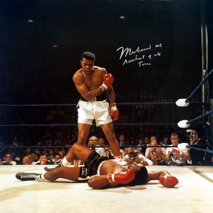 Mohamed Ali remet les gants