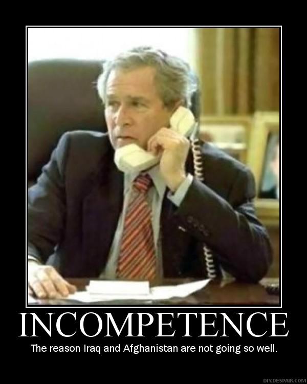 Un incompétent peut-il en cacher un autre?