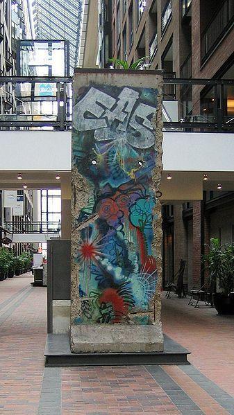 À Montréal...Mur de Berlin