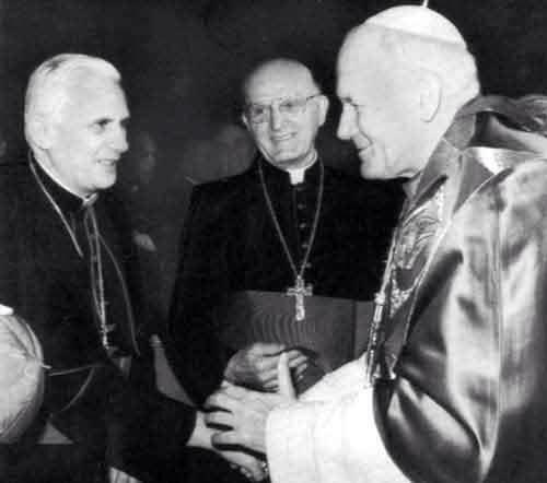 Fameuse et rare photo des 3 derniers Papes