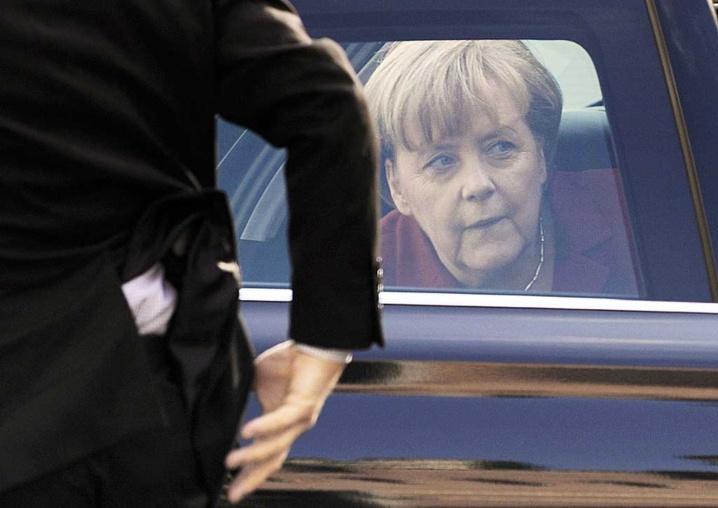 Un total de 35 dirigeants de la planète, dont la chancelière allemande Angela Merkel, auraient été écoutés par l'Agence nationale de sécurité américaine, a affirmé le quotidien britannique «The Guardian».
