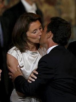 Au service de la France il n'y a pas de camp: Aimons-nous
